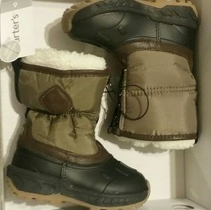 Carter's toddler size 6 boots
